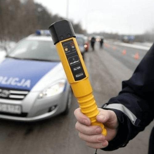 Policjant w drodze do pracy zatrzymał nietrzeźwego kierowcę